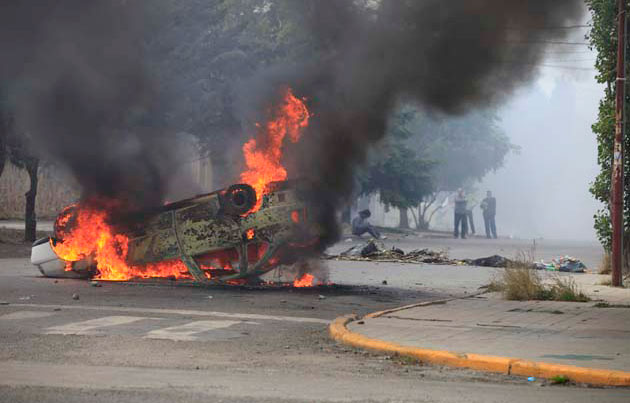 Máximo y Rudy, en un golpe institucional en Santa Cruz