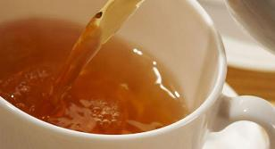 Consumir mucho té podría provocar cáncer de próstata