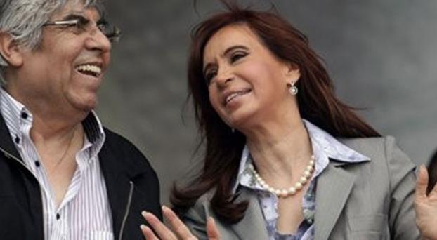 Guerra declarada: Cristina adelantó su regreso y denunciará a Moyano