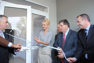 Garcés, Collia y Rabolini inauguraron la ampliación del Hospital de Stroeder