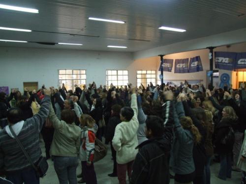 MAESTROS Y PROFESORES EN SOLIDARIDAD  CON  NIÑOS Y COMUNIDADES