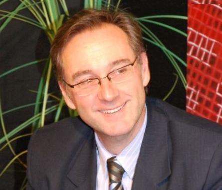 Thefs renunció al cargo de Coordinador de Asuntos Municipales