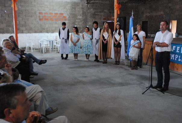 El intendente Garcés encabezó el acto por el 54° aniversario de Los Pocitos
