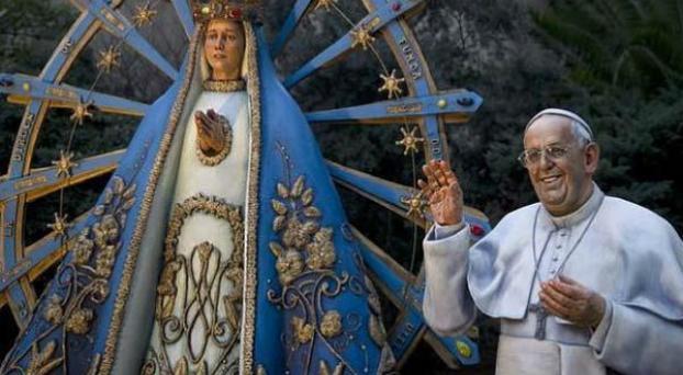 Francisco pidió que quiten su estatua de la Catedral porteña
