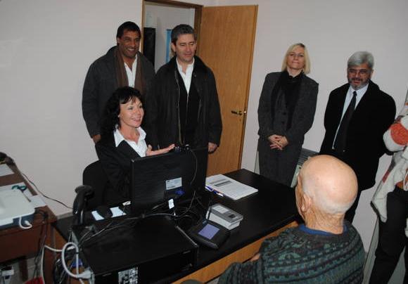 Inauguran centro para tramitar DNI y pasaporte en Villalonga