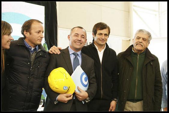 Garcés firmó convenio para el inicio de obras por más de 6 millones de pesos