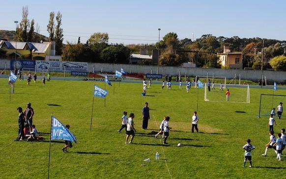 7º Encuentro de Escuelas de Fútbol Infantil en Stroeder