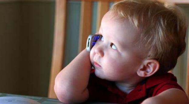 Radiación: Los chicos, los celulares y el riesgo de contraer tumores