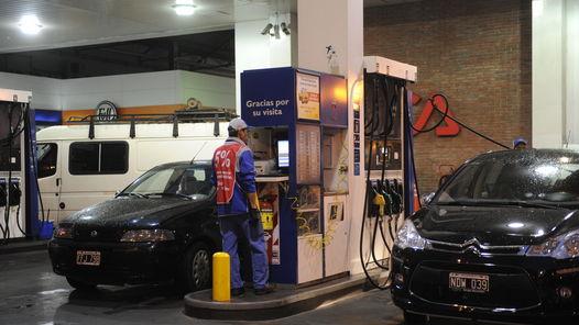Fuerte aumento de las naftas en todo el país