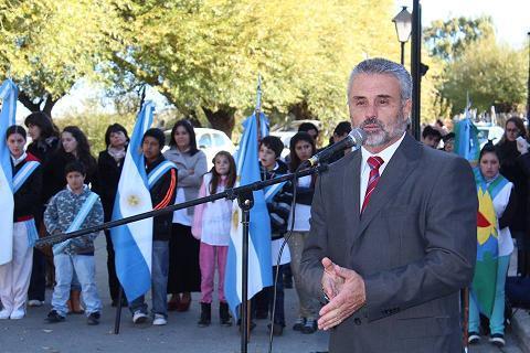 Curetti realizó importantes anuncios para el Partido de Patagones en materia educativa: una escuela técnica, tres playones deportivos y un jardín maternal