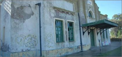 La estación de trenes de Patagones está completamente olvidada