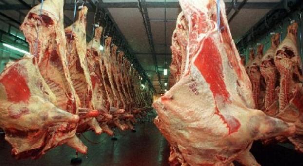 300 operarios en vilo por el cierre de uno de los mayores frigoríficos de la provincia