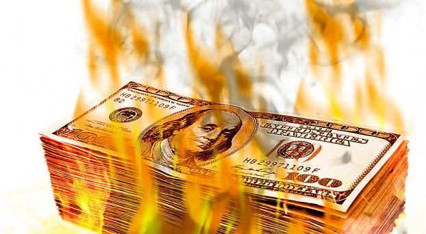 Dólar 'libre' en llamas: $ 14,45 (y la brecha ya supera el 71%)