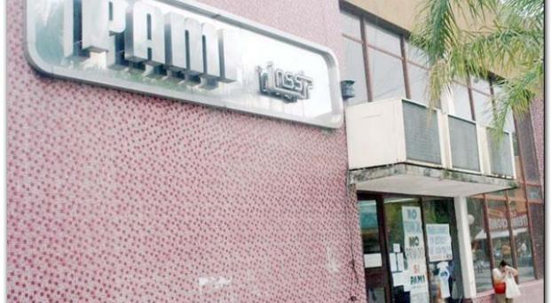 Confirmado: Farmacias cortan desde hoy (12/09) la cobertura al Pami