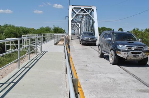 El miércoles cortan la circulación sobre el Puente Ferrocarretero por arreglo de luces